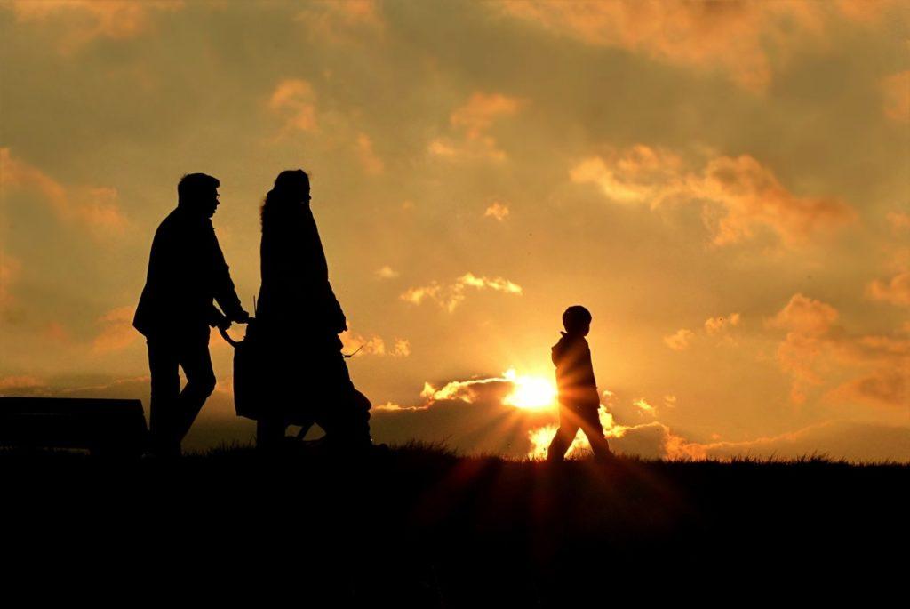 walk-family-sun-sunset